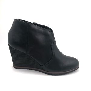 Dr. Scholl's INFORM Leather Wedge Ankle Booties